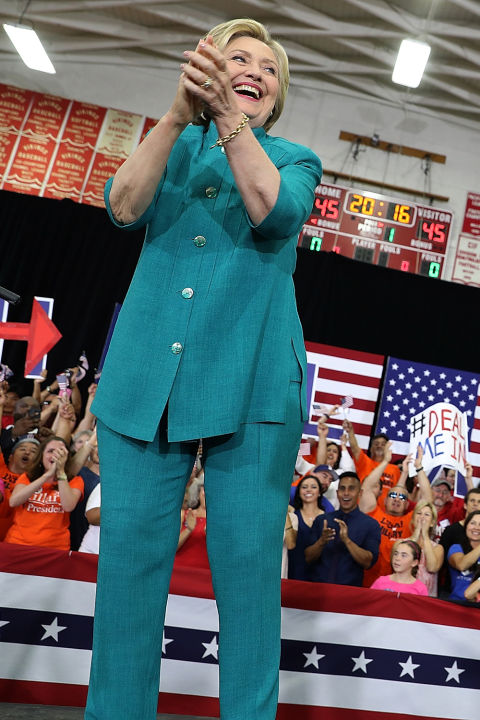 hbz-hillary-clinton-0604-gettyimages-538102438_1