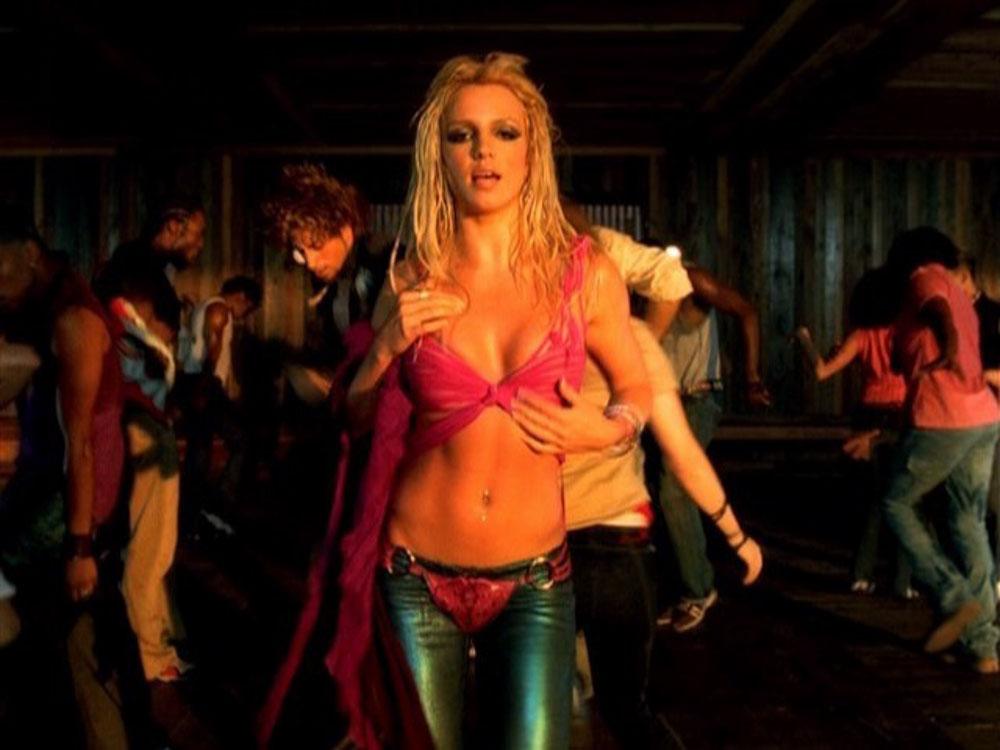 I-m-a-Slave-4-U-britney-spears-music-video