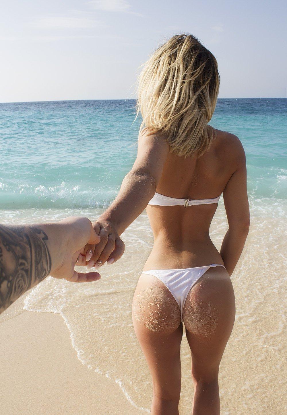 charlotte kalla bikini