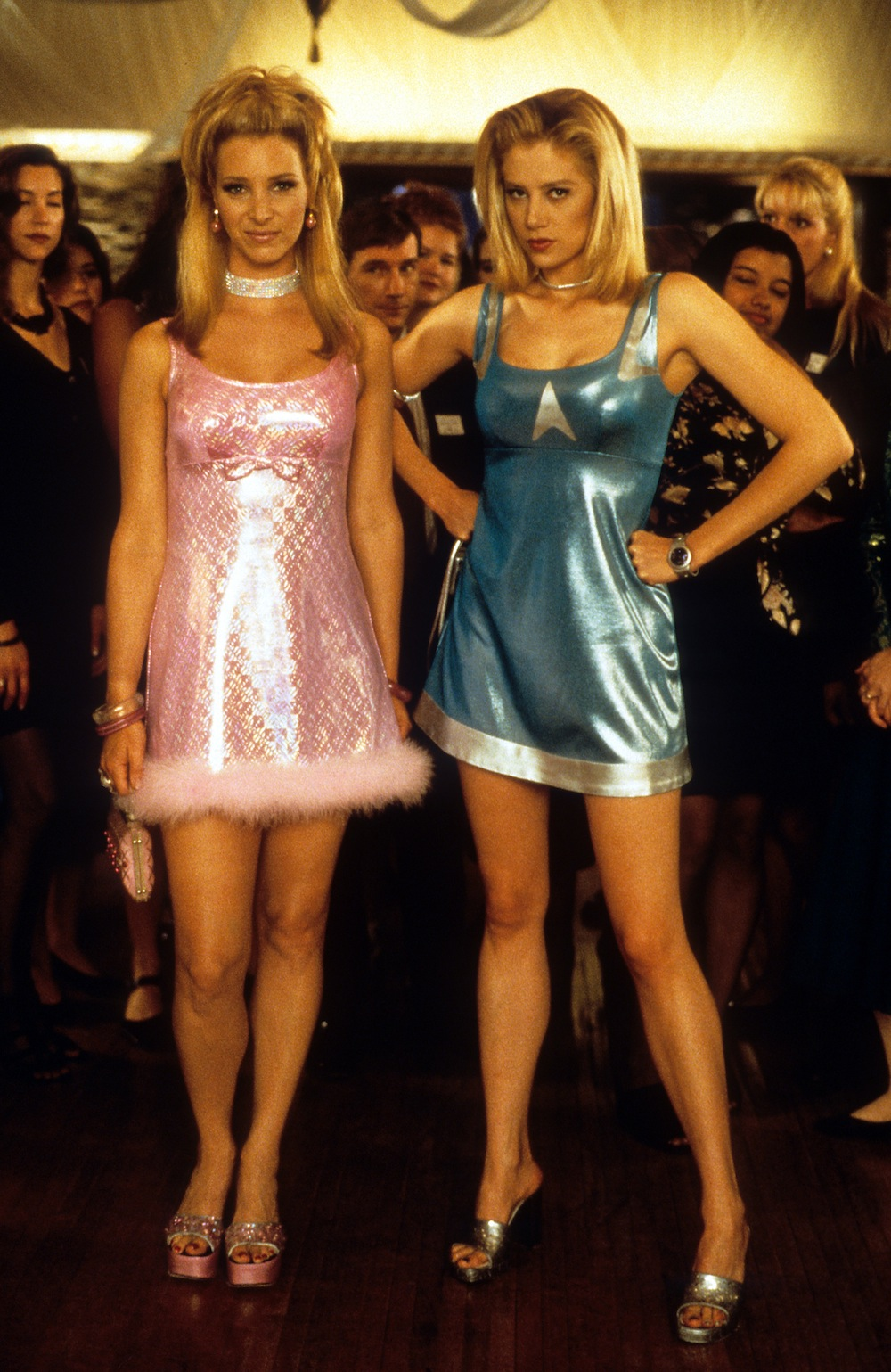 Lisa Kudrow and Mira Sorvino at party in a scene from the film 'Romy And Michele's High School Reunion', 1997. (Photo by Touchstone/Getty Images)