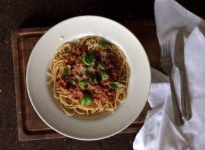 Spaghetti och köttfärssås med Mifú