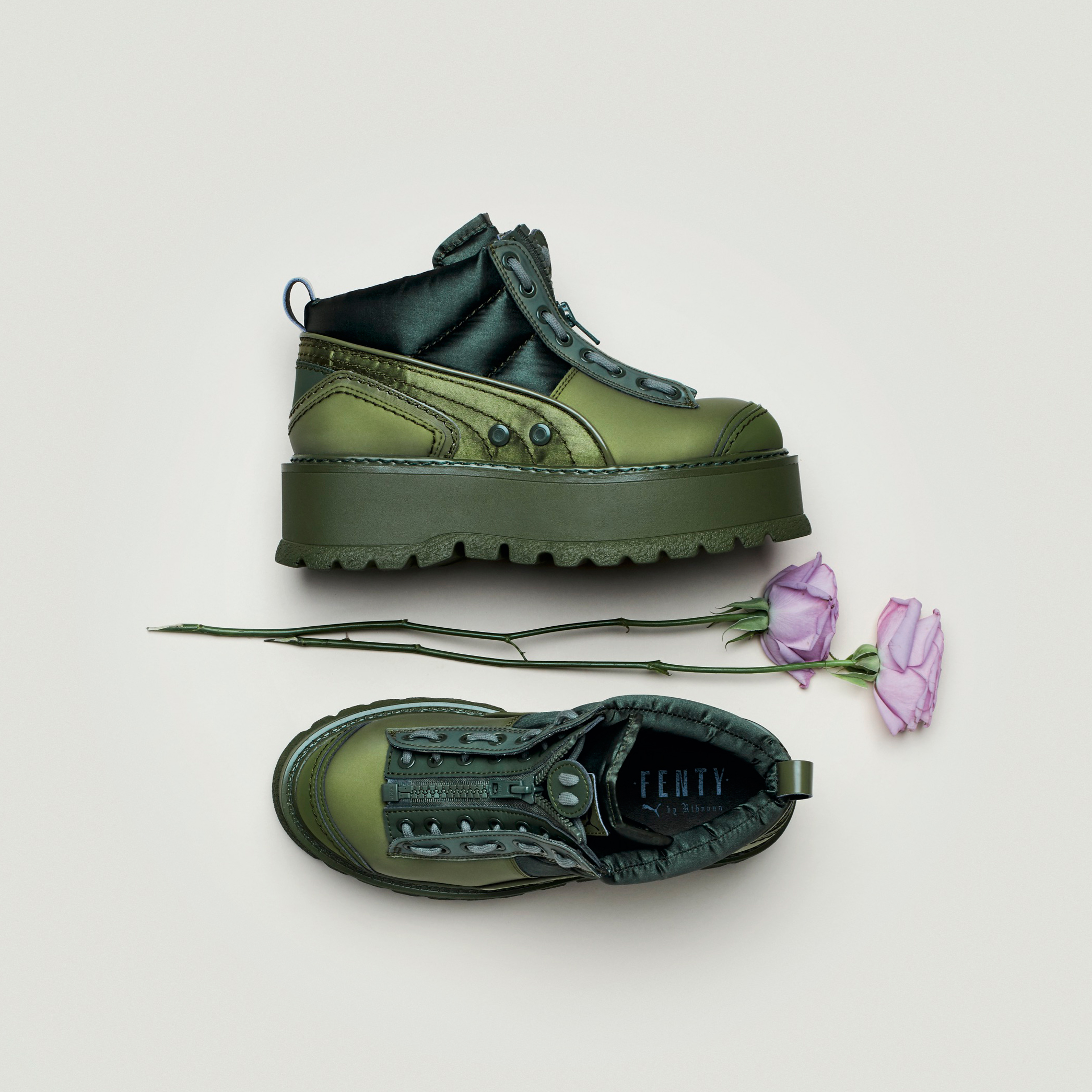green_bow_sneaker_boot